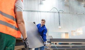 Američané investují miliardy do výroby plechů na Slovensku