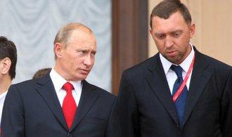 Americké sankce ženou ruské miliardáře do Putinových rukou, píše Bloomberg