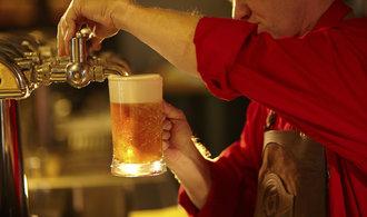 Čeští pivaři dál opouštějí hospody. Změn a regulací bylo najednou příliš, říká svaz pivovarů