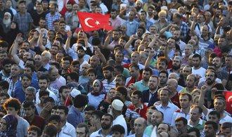 Německo mění politiku vůči Turecku, vadí mu zatýkání protivládních aktivistů