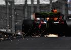 V posledním tréninku byl nejrychlejší Ricciardo, Verstappen boural!