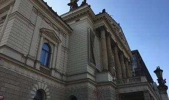 Náklady na opravu Státní opery se mohou vyšplhat k miliardě