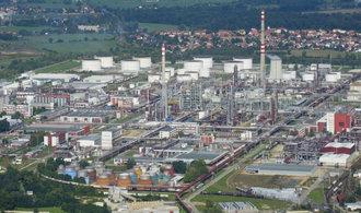 Výbuch v areálu chemičky v Kralupech nepřežilo šest lidí