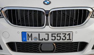 Automobilce BMW vzrostl prodej. Daří se i elektromobilům