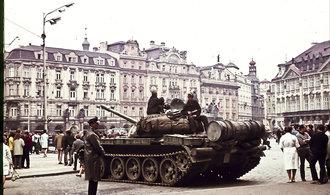 Invaze do Československa byla oprávněná, míní třetina Rusů. Většina o vpádu vojsk vůbec neví