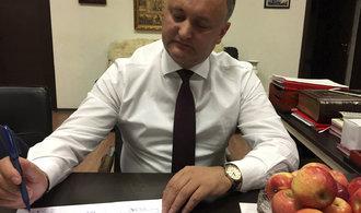 Stra�en� Ruskem v Moldavsku nezab�r�. Favorit voleb preferuje Putinovu celn� unii p�ed EU