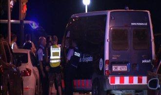 Policie zabila pět lidí, kteří se ve španělském městě Cambrils pokoušeli porážet autem chodce