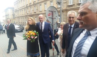 Zeman si vyslechl kritiku za výroky o Krymu. Vždy jsem tuto anexi označoval za protiprávní, řekl