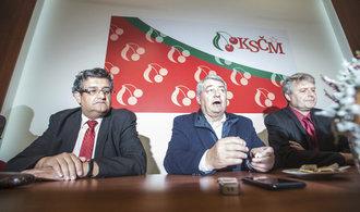 Komunisté o odvolání Filipa po volebním debaklu hlasovat nebudou