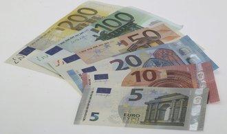 Z parketu Jany Steckerové: Euro pookřálo