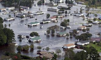 Hurikán a bouře Florence mají ve Spojených státech mají více jak čtyři desítky obětí