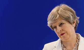 Patriotismus stranou. Masy Britů žádají Francouze, Němce a Iry kvůli brexitu o občanství