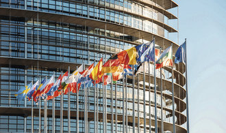 Čeští vydavatelé vyzývají europoslance: ochraňte naše práva před Googlem a Facebookem