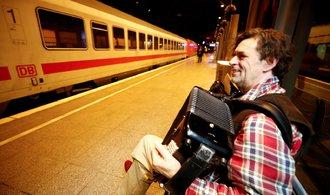 V Německu stojí vlaky. Deutsche Bahn kvůli stávce přerušila provoz na dálkových linkách