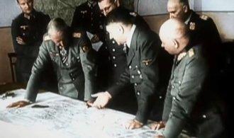 VIDEO: Barevné. Unikátní snímek zachycuje bitvu o Stalingrad