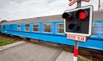 NKÚ: Stát vydal 2,6 miliardy na modernizaci železničních přejezdů, nehod ale neubylo