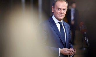 EU jen těžko hledá kompromis v otázce přerozdělování migrantů, přiznává Tusk