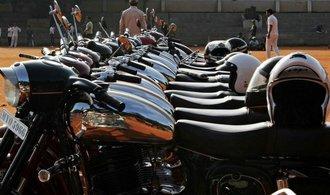 Do Indie se vrac� v�roba legend�rn�ch �esk�ch motocykl� Jawa, licenci z�skala Mahindra