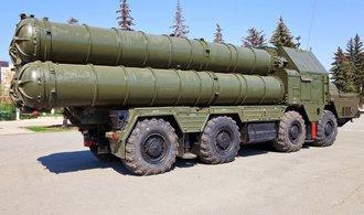 Rusko dodá Sýrii protiraketové systémy. Zchladí horké hlavy, říká ministr obrany Šojgu