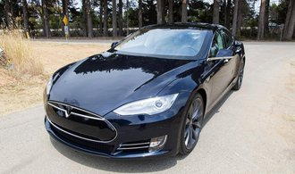 ��n�t� pl�nova�i: Samo�iditeln� auta prod�me sv�tu do roku 2021