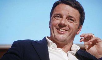 Označil oponenty za lůzu a prohrál. Renzi zopakoval chybu Clintonové