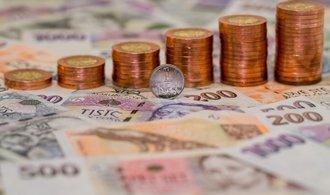 Člen rozpočtové rady: Vláda rezignovala na snahu snížit dluh