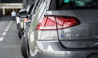 Rána pro elektromobily. V Německu mají problém kvůli jedovatým kovům