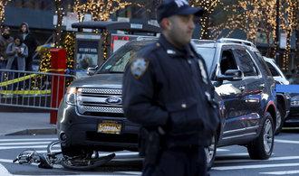 Exploze v New Yorku byla pokusem o teroristický čin, tvrdí starosta de Blasio
