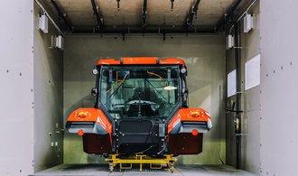 Zetor vyrábí víc traktorů, než dokáže prodat. V Rusku nepomohla ani Zemanova pomoc, říká šéf odborů