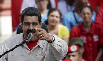 Venezuelané se po měsíci dočkali slíbených nejvyšších bankovek