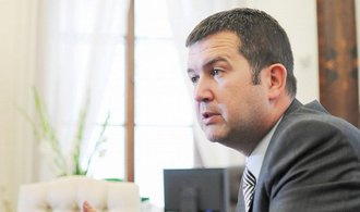 Parlament kritizuje Zemana. N�tlak je nep�ijateln�, tvrd� ��f Sn�movny