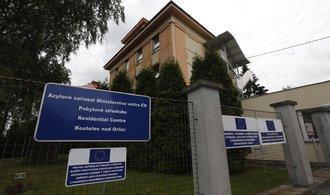 Česko uprchlíky nezajímá. Počet žadatelů o azyl klesl o polovinu