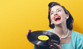 Britové si zamilovali vinyly, útraty překonaly stahovanou hudbu