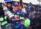 Red Bull se zajímavým videem ohlédl za sezónou 2016