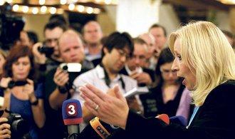Stranické šachy ničemu nepomůžou, hodnotí politickou krizi na Slovensku Radičová