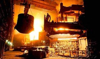 Ceny u průmyslu loni klesly o 3,3 pct, dosud nejvíc. Je za tím cena ropy