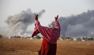Tureck� bombardov�n� v S�rii zabilo a� 200 Kurd�, �toky pokra�uj�