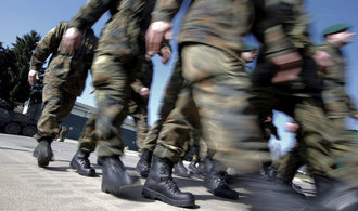 V německé armádě sloužilo 24 islamistů od roku 2011