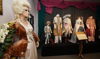 Unikátní kostýmy z Barrandova cestují po celé Evropě