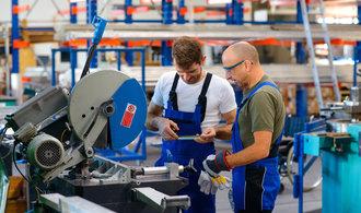 Žádosti Ukrajinců o práci v Česku prudce rostou. Letos jich může být i přes deset tisíc