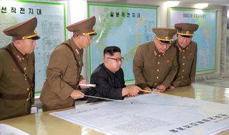 Severní Korea obvinila USA z vyhlášení války. Pohrozila jim sestřelením strategických bombardérů