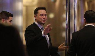 Elon Musk jen z odměn může získat desítky miliard dolarů
