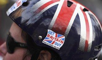 Odvrat od brexitu by výrazně pomohl britské ekonomice, vyplývá ze studie OECD