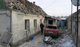 Ukrajina se navzdory ruské agresi snaží o reformy, říká velvyslanec. Zemi mají posunout do EU a NATO