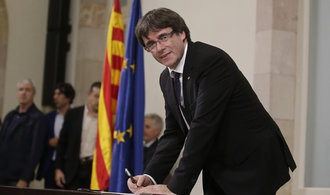 Ultimátum pro španělskou vládu. Pokud se jednání neuskuteční, katalánský parlament vyhlásí nezávislost