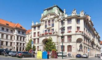 Razie na pražském magistrátu: policie vyšetřuje sportovní granty, mají se týkat zastupitelů ANO