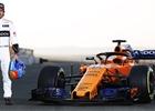 Alonso usedl poprvé do auta a poslal fanouškům nadějný vzkaz