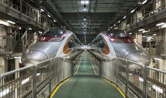 Čína obnoví trasy rychlovlaků. Budou dosahovat rychlosti přes tři sta kilometrů v hodině