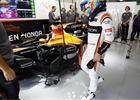 Ve Wokingu se učí španělsky, Alonso prodloužil smlouvu