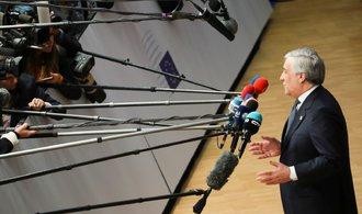 Tajani: Evropská unie se musí připravovat na neřízený odchod Británie